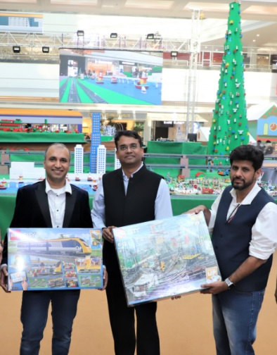 Mr. Rohan Mathur, Head - Marketing, Emerging Asia, The LEGO Group, Mr. Nilesh Singh, Center Head, Seawoods Grand Central Mall and Mr. Nishank Joshi Chief Marketing Officer, Nexus Malls