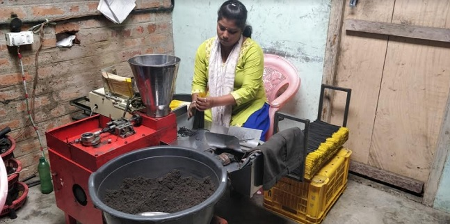 AIAMA - Making of Agarbathi