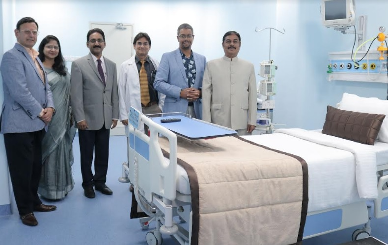 Inaugurated by Mr. Vaughan Gething AM, the Hon'ble Minister for Health and Social Services, Wales, UK, the Stem Cell Transplant (SCT) unit with a state-of-the-art facility at SIMS Hospitals, Vadapalani, Chennai on 2nd Nov. 2019.  From left to right: Prof. Keshav Singhal, Program Director, College of Healthcare Innovations, UK; Dr. Raju Sivasamy, Vice President, SIMS Hospitals; Dr. Ranjan Kumar Mohapatra - Director, Institute of Oncology at SIMS Hospitals;