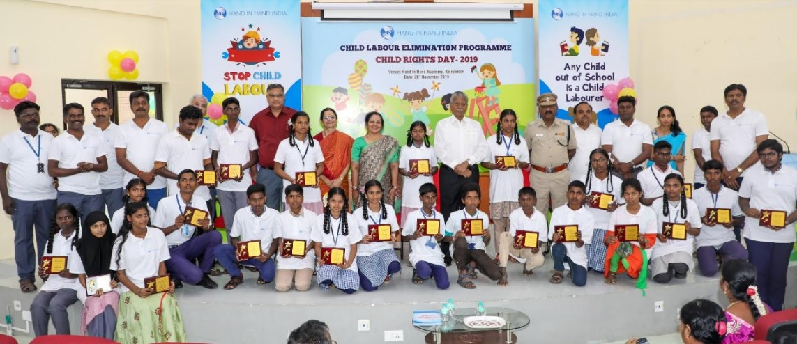 Dr. Kalpana Sankar, Managing Trustee, Hand in Hand along with Padmashri D. R. Karthikeyan, Former Director CBI seen along with the child awardees of Catalyst For Change