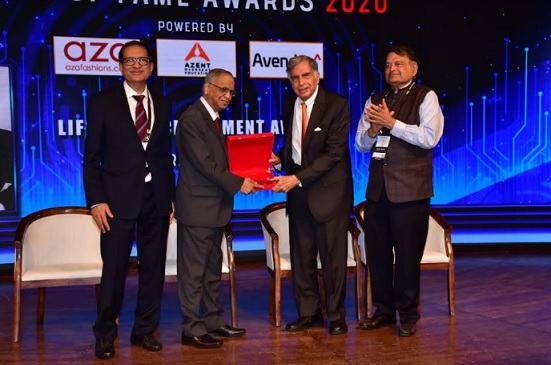 TiECon Mumbai Hall of Fame Awards 2020 - the biggest star ever Ratan Rata receiving the life time achievement award from Narayana Murthy in the presence of TiE President Atul Nishar & Harish Mehta