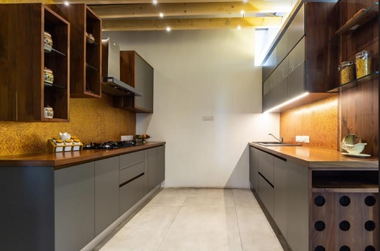 Kitchen with Walnut Wood - EvoWood